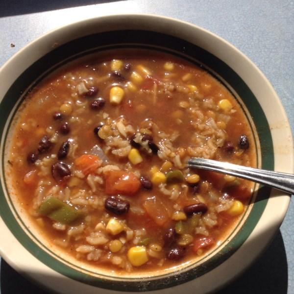 Receita de Sopa de Feijão Preto de Beezie
