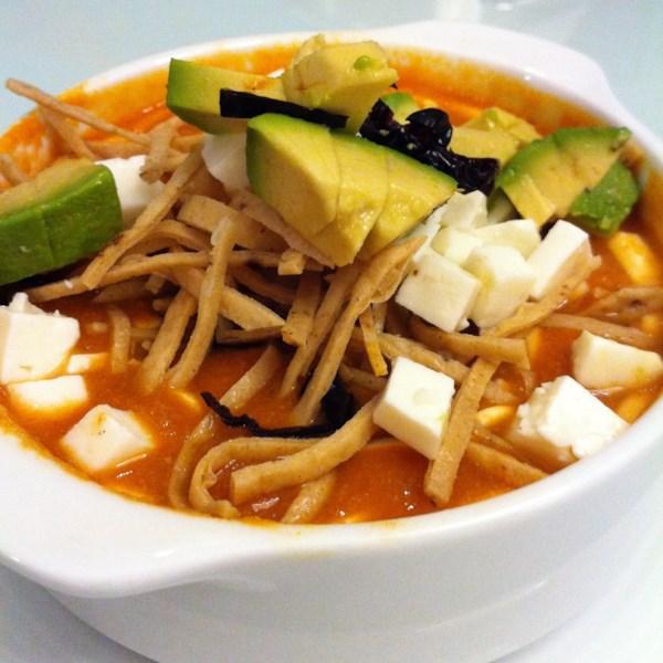 Sopa de Tortilla (Sopa de Tortilla Mexicana Real) Receita