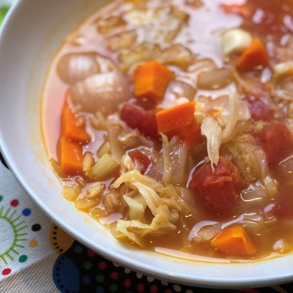 Receita de Sopa de desintoxicação de repolho vegano de pote instantâneo(R)