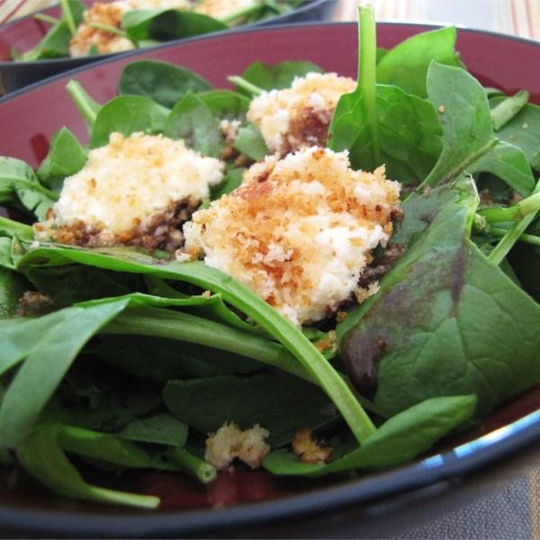 Salada de Espinafre com Receita de Queijo de Cabra Assado