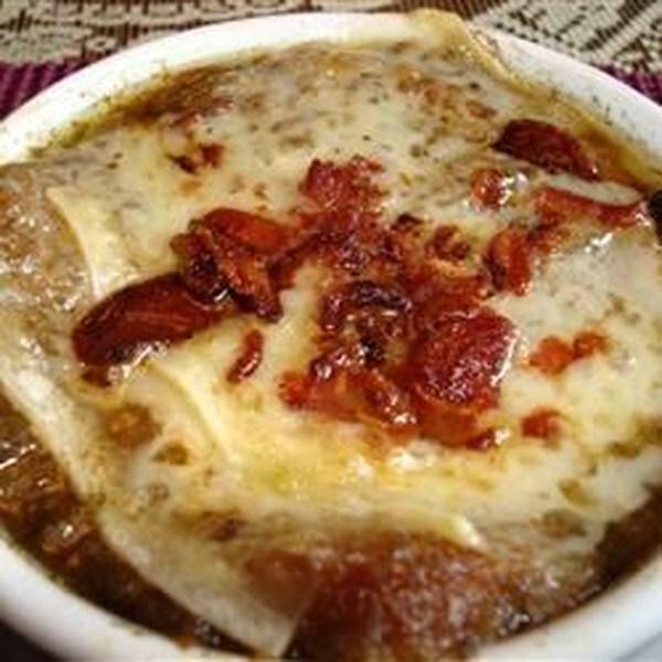 Excelente receita de sopa de cebola francesa de Julia