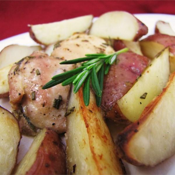 Receita de Frango com Alecrim Crocante e Batatas Fritas