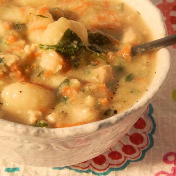 Receita de Sopa de Nhoque de Frango
