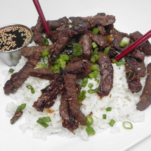 Carne Bulgogi com Receita de Molho de Mergulho