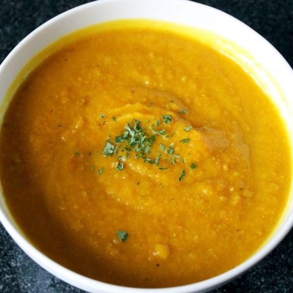 Instant Pot(R) Curried Cheesy Couve-Flor-Squash Receita de Sopa