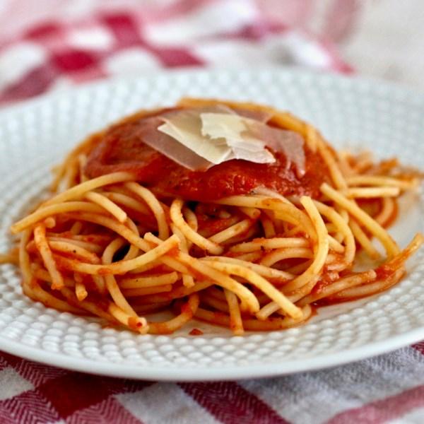 Receita Básica de Molho de Tomate Picante