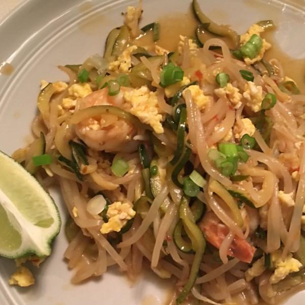 Receita tailandesa de macarrão de abobrinha