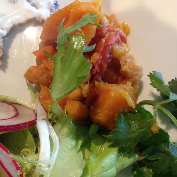Receita vegana de abóbora de abóbora e curry de grão-de-bico