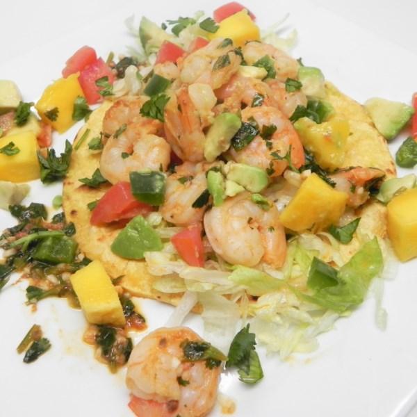 Tacos de Camarão Limão com Receita de Salsa de Manga