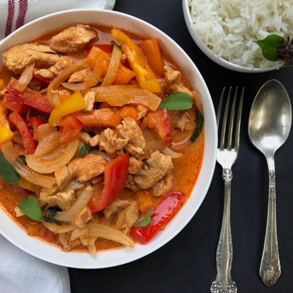 Instant Pot(R) Receita de Frango Com Curry Tailandês Vermelho