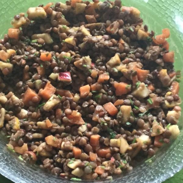 Salada de Lentilha Vegana com Maçãs e Receita de Cenoura