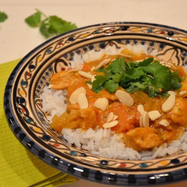 Frango de Panela Lenta Curry com Receita de Leite de Coco