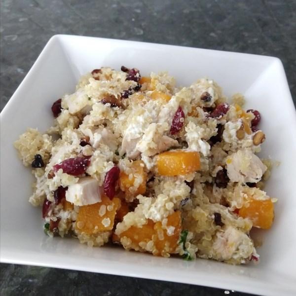 Quinoa com Receita de Abóbora, Frango e Queijo de Cabra