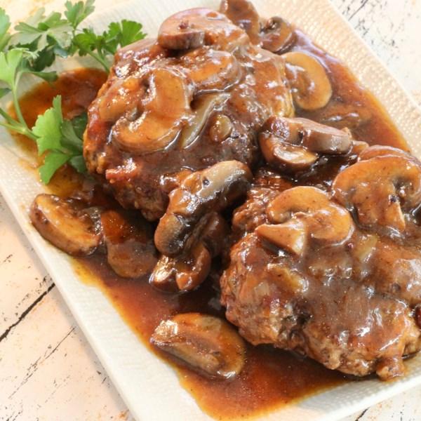 Instant Pot(R) Salisbury Steak com Receita de Molho de Cebola e Cogumelo