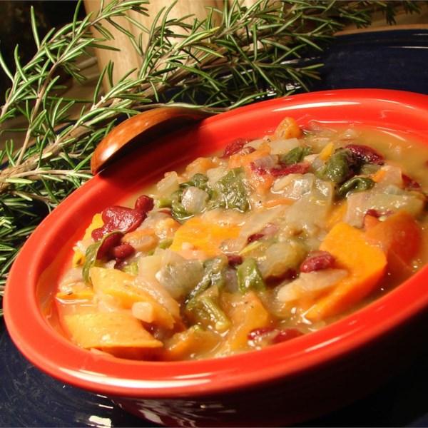 Receita de Ribollita Italiana (Sopa de Legumes e Pães)