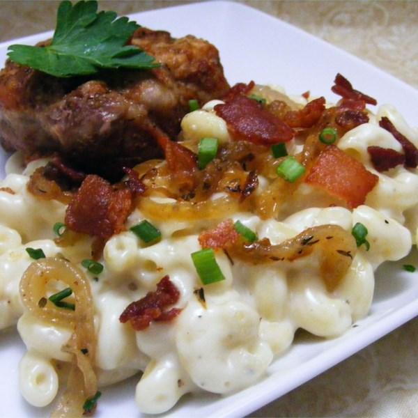 Receita de Macarrão com Queijo com Bacon e Cebola