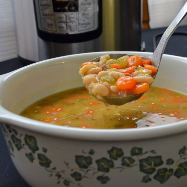 Receita de Sopa de Presunto e Feijão Instantâneo