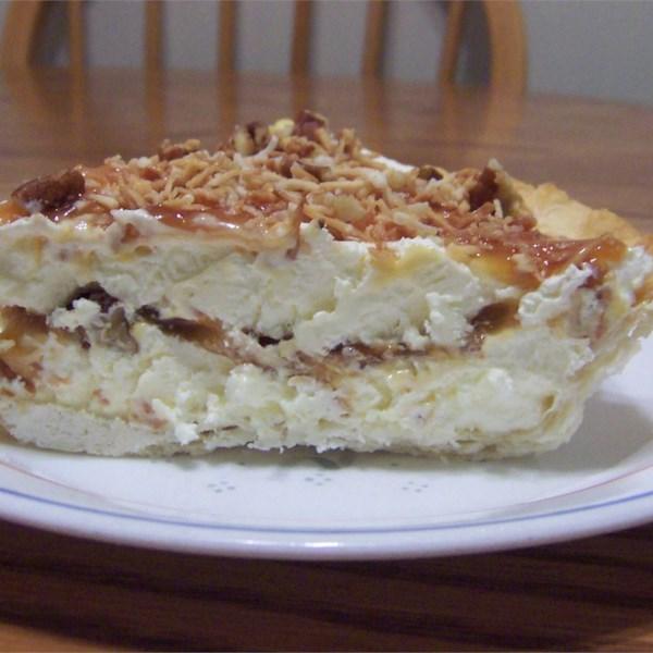 Receita de Torta de Coco Torrado, Nozes e Caramelo