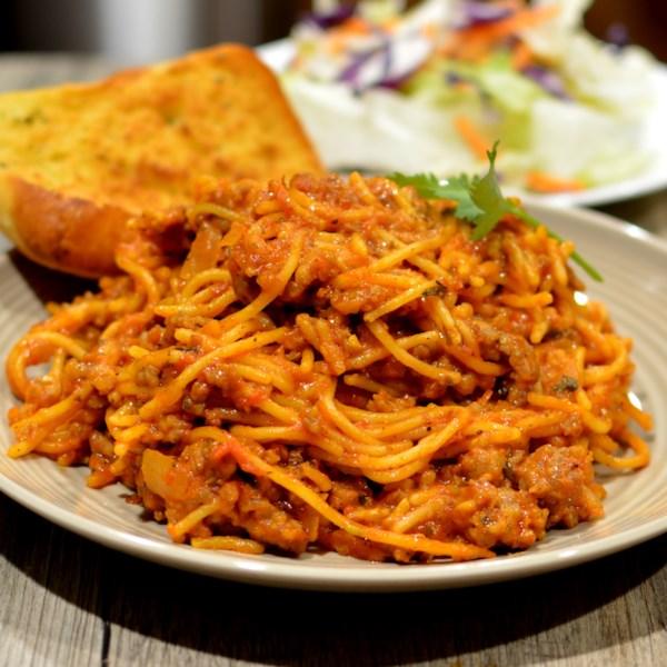 Receita de Espaguete de Um Pote com Molho de Carne