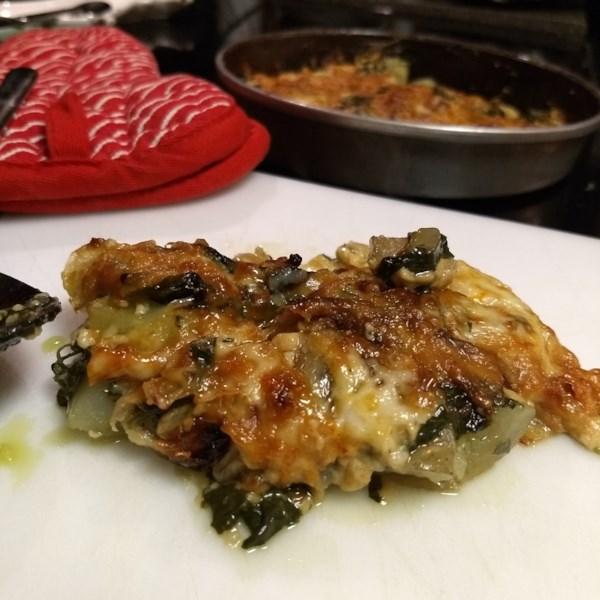 Receita de Espinafre, Cebola Caramelizada e Muenster Au Gratin Potatoes