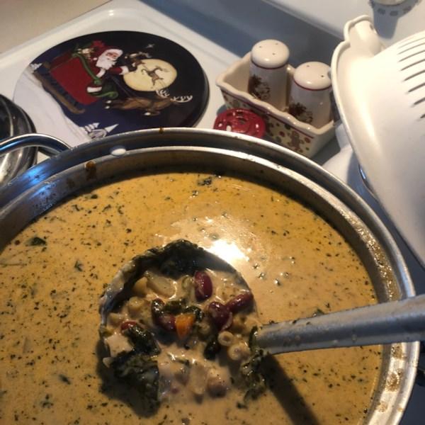Melhor sopa de minestrone danado ao redor da receita