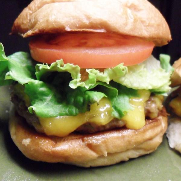 Receita de hambúrgueres mais suculentos de todos os tempos