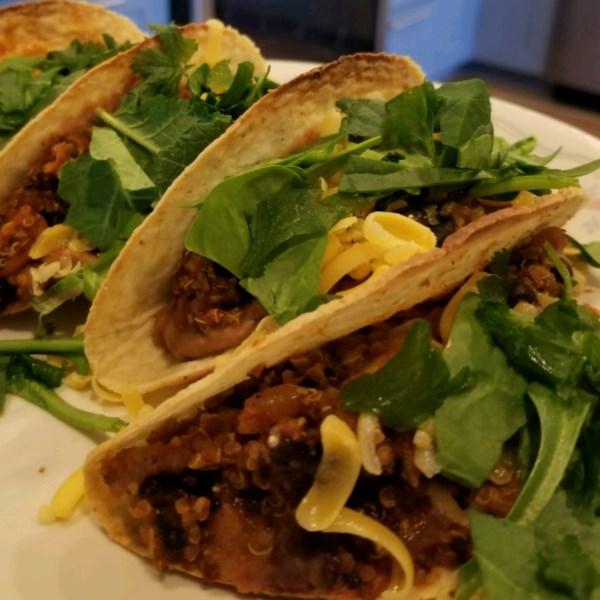 Quinoa Black Bean Tacos (Vegan) Receita