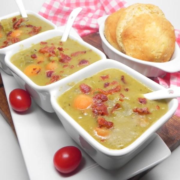 Receita de Sopa de Ervilha Dividida em Pote Instantâneo (R)