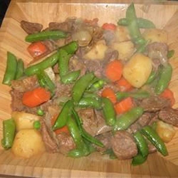 Receita Nikujaga (carne e batatas ao estilo japonês)