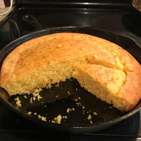 Receita de Pão de Milho de Ferro Fundido