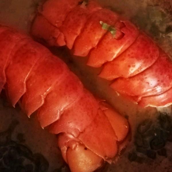 Caudas de lagosta na receita de champanhe