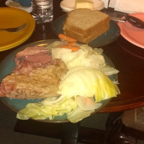Receita de Carne Enlatada e Repolho do Chef John