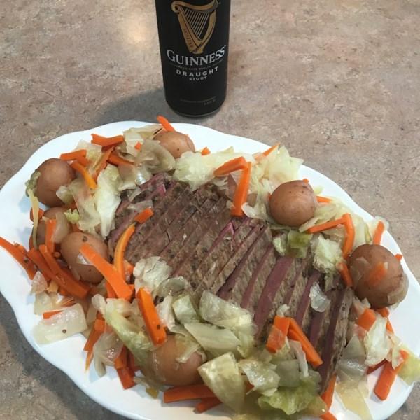 Receita de Carne Enlatada e Repolho de Panela Lenta