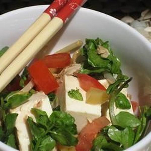 Salada de Tofu Fácil com Atum e Receita de Agrião