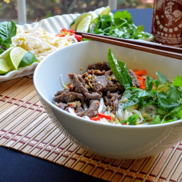 Receita vietnamita de Carne de Limão e Macarrão