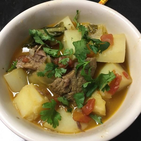 Receita de Assado de Carne De Curry Vermelho de Panela