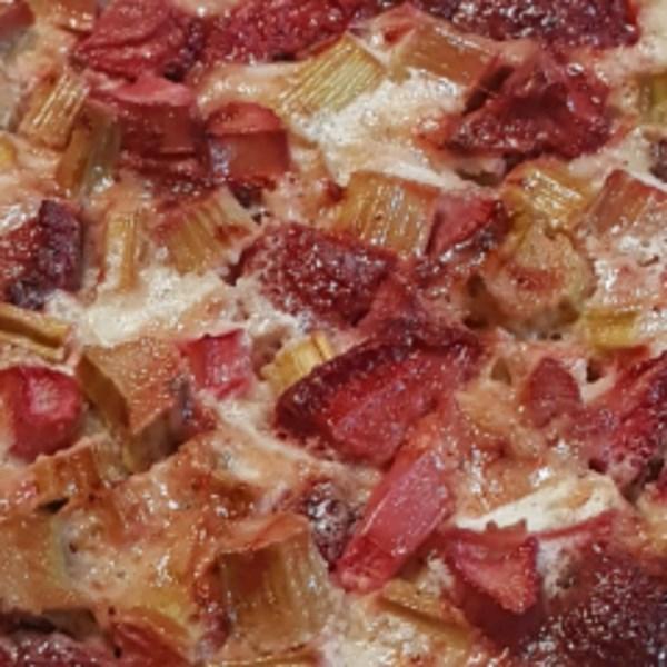 Receita de Torta de Creme de Ruibarbo de Morango