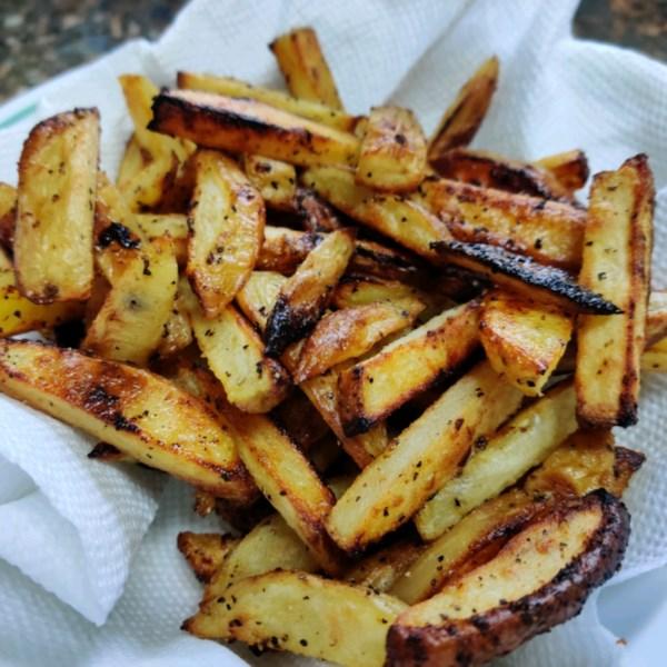 Melhor receita de batatas fritas assadas