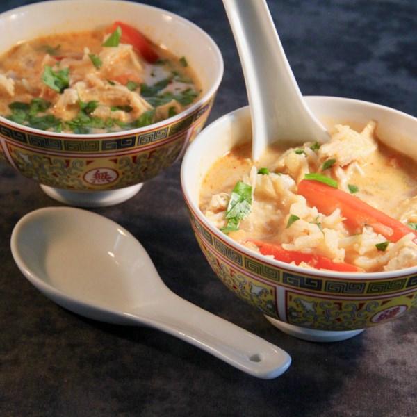 Receita de Sopa de Frango Com Curry Vermelho Tailandês