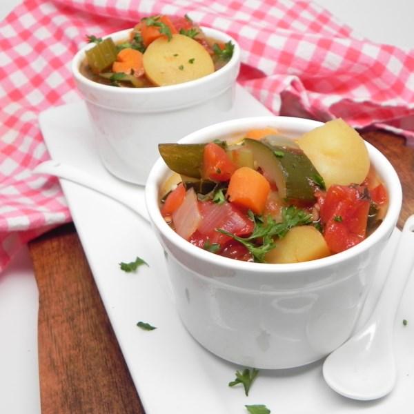 Receita de Sopa de Legumes de Panela Instantânea (R)