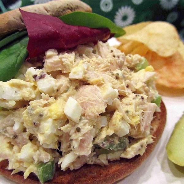 Receita de Sanduíche de Ovo de Atum