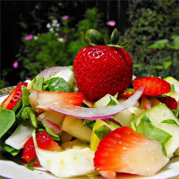 Receita de Salada de Espinafre de Morango da Primavera