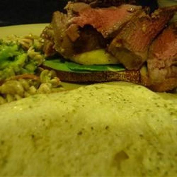 Receita de Sanduíche de Bife Tropical