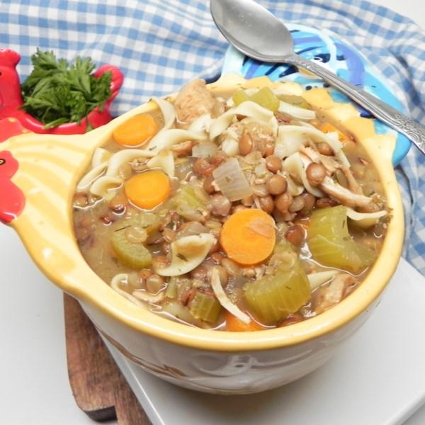 Receita de Sopa de Macarrão de Frango de Pote Instantâneo (R)