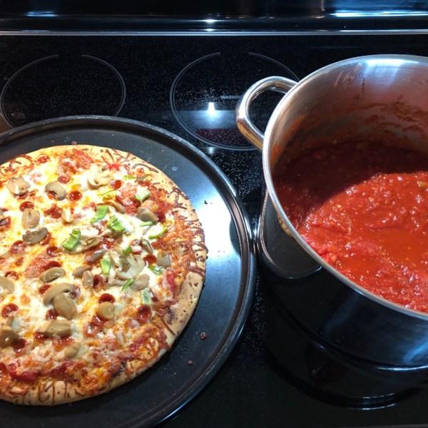 Pizza de Conservaou ou Molho de Espaguete da Receita de TomateFresco