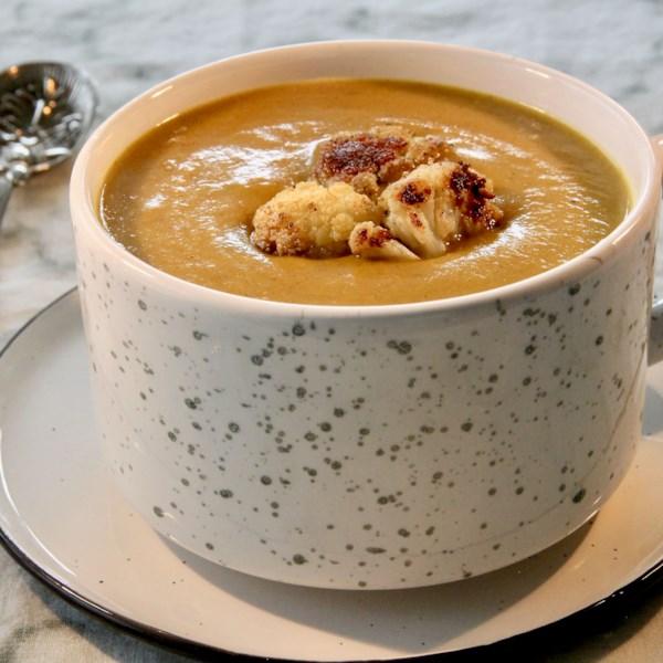 Receita de Sopa de Couve-Flor-Batata Com Curry