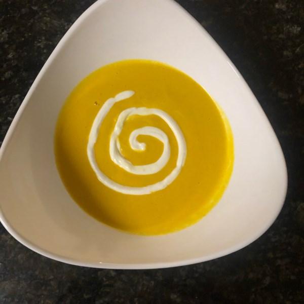 Receita de Sopa de Abóbora com Manteiga Com Curry