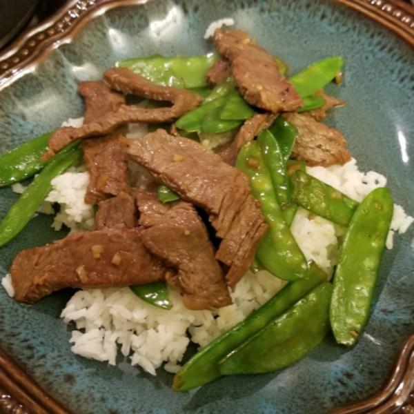 Carne asiática com receita de ervilhas de neve