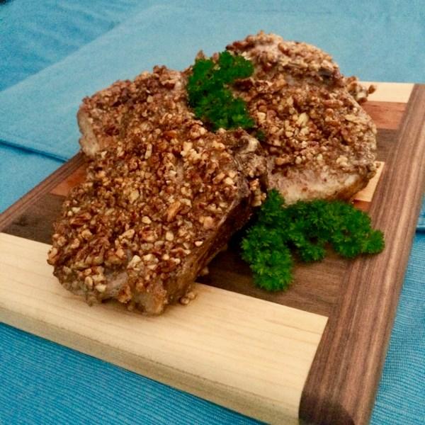 Costeletas de porco com crosta de cecano na receita da fritadeira de ar
