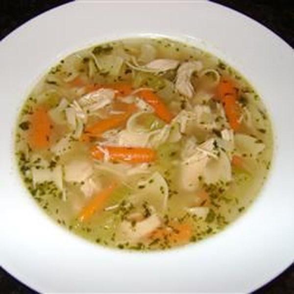 Sopa de Frango com Receita de Macarrão Drop-In